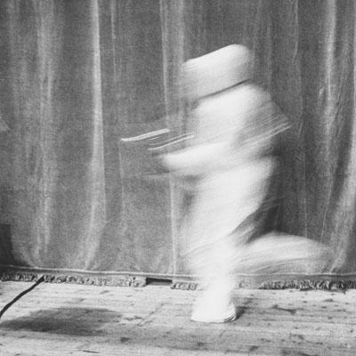 Musicien en mouvement. Les musiciens et les masques